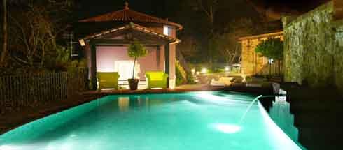 Novavila, piscina exterior